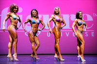 16 DSC_2507.JPG Figure Open Overall Comparisons and Award 2017 Fitness Universe Weekend