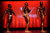 DSC_9142.JPG Uni14 Musclemania Open Overall Comparisons and Award