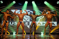20 DSC_0070.JPG Musclemania Open Overall Comparisons and Award 2016 Fitness America Weekend