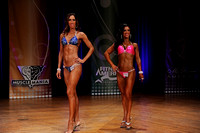 DSC_4592.JPG Model Classic Overall Comparisons and Award 2014 Fitness Boston Championships